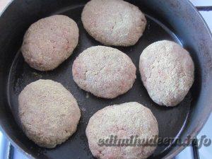 Котлеты из курятины и говядины для диеты Дюкана