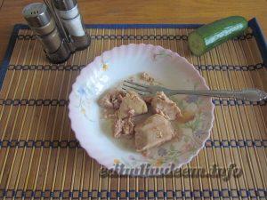 Закуска с печенью трески с фото
