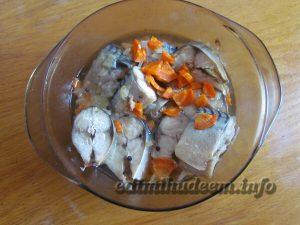 Скумбрия с овощами в духовке: рецепт с фото