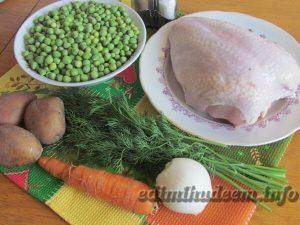 Суп на курином бульоне с зеленым горошком
