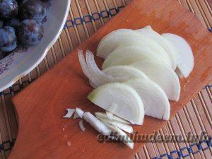 Баклажаны, тушеные на сковороде