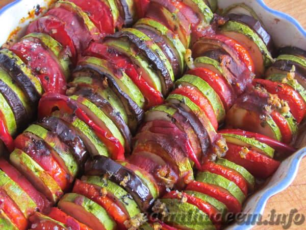 рататуй из кабачков и помидоров