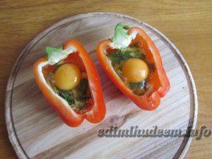 яйцо в перце в духовке
