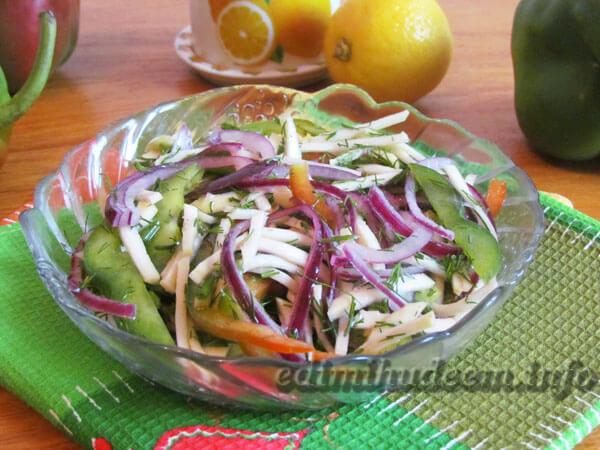 салат с кольраби и перца