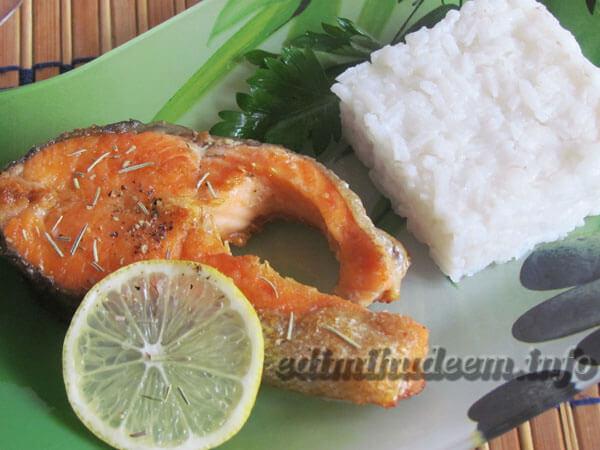 лосось жареный на сковороде