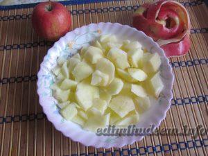 яблочный манник на кефире