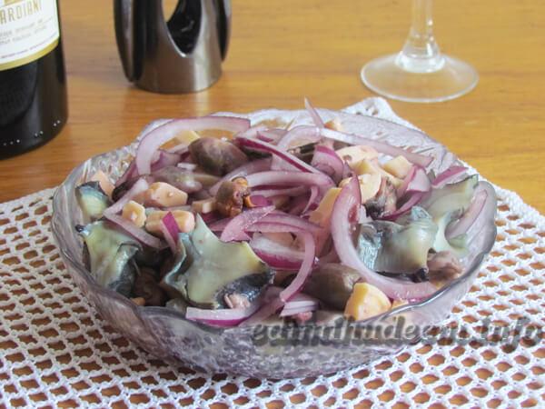 салат из рапанов и мидий